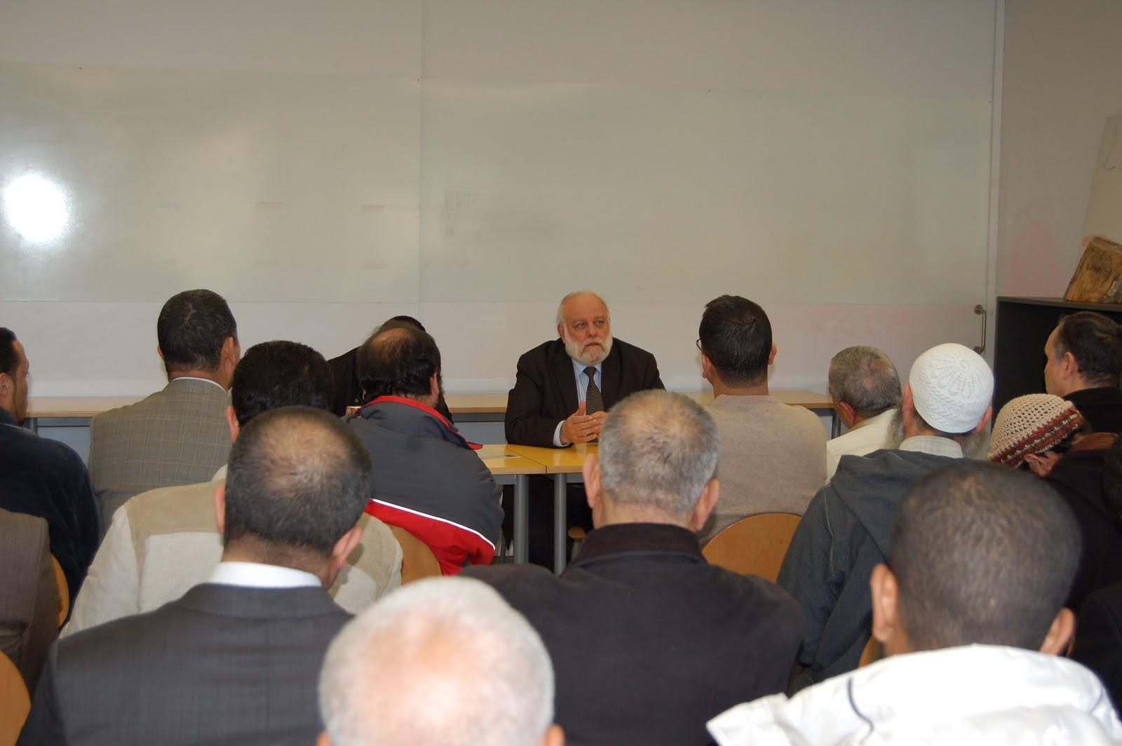 الحوار بين الأديان: الرئيس Tatary UCIDE Riay