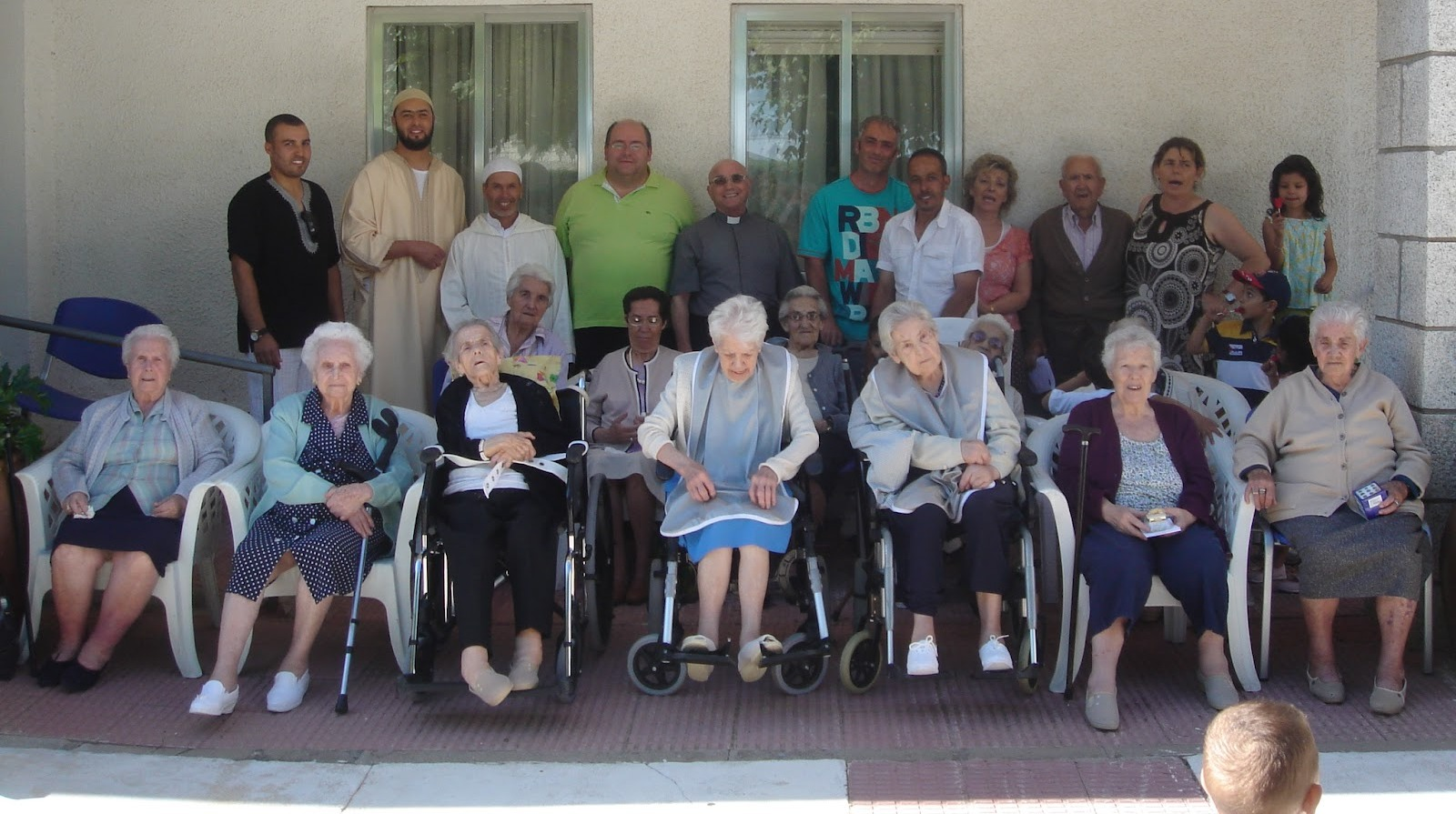 La Comunidad Islámica de Miraflores de la Sierra, visita la Residencia