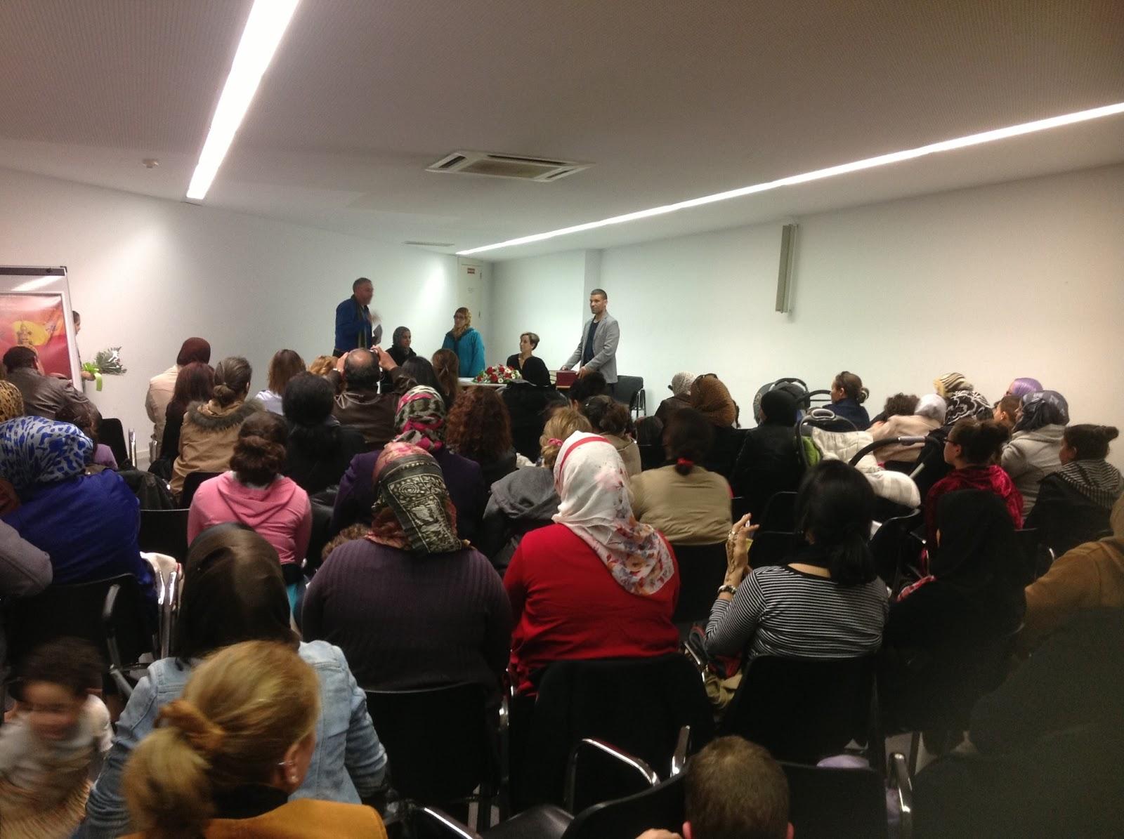 Los musulmanes de  Lleida celebra el día internacional de la mujer