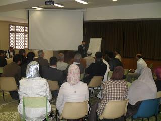 دورة تدريبية للأئمة ومعلمي العربية والتربية الإسلامية في مدريد