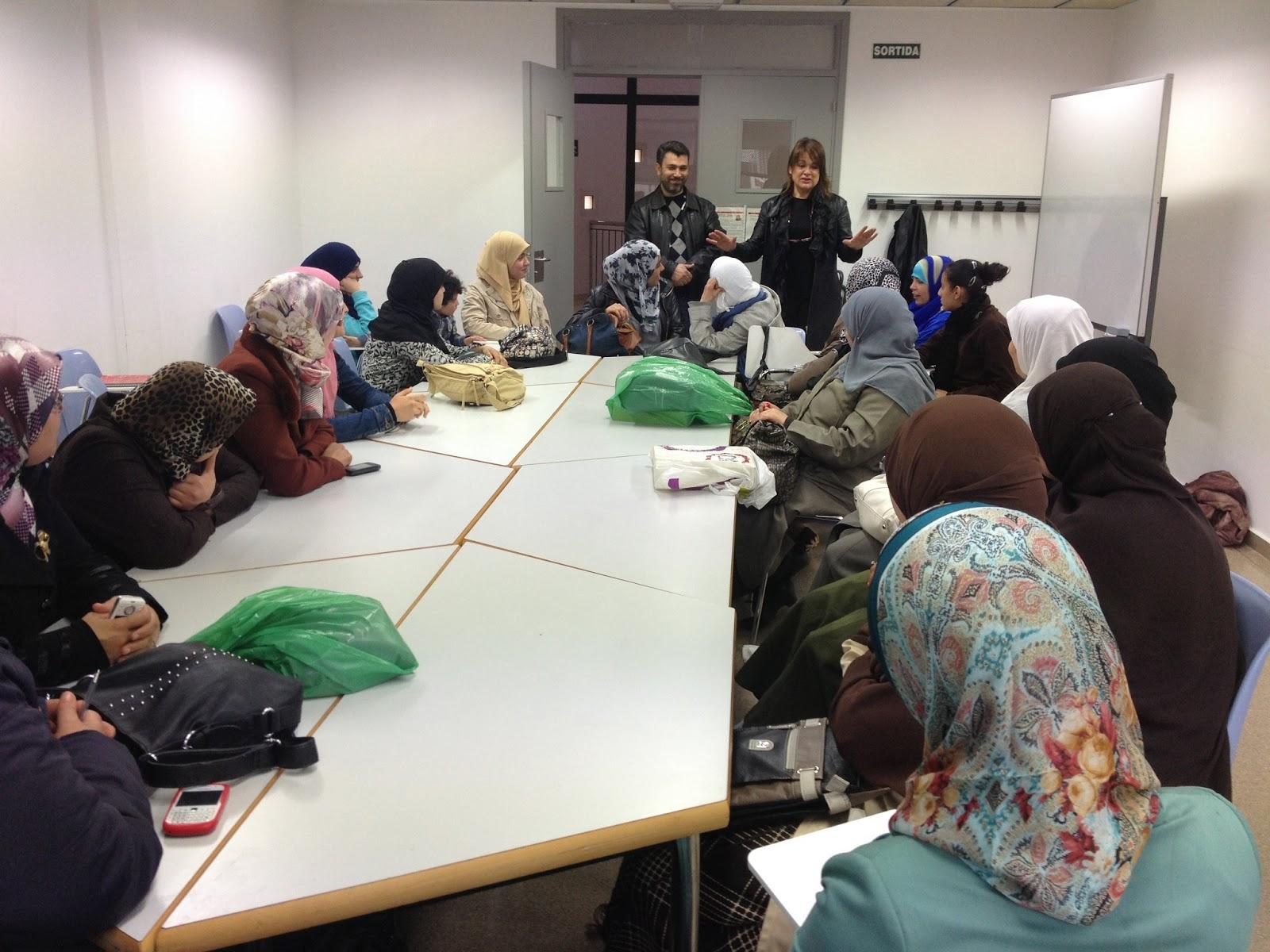 Las Mujeres de la Comunidad Islámica del Solsonés (Lérida) visitan la ciudad de Terrassa