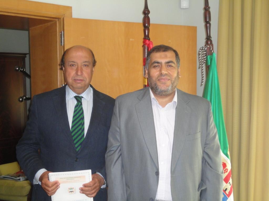 El delegado del gobierno en Extremadura recibe al presidente de Ucidex Adel Najjar