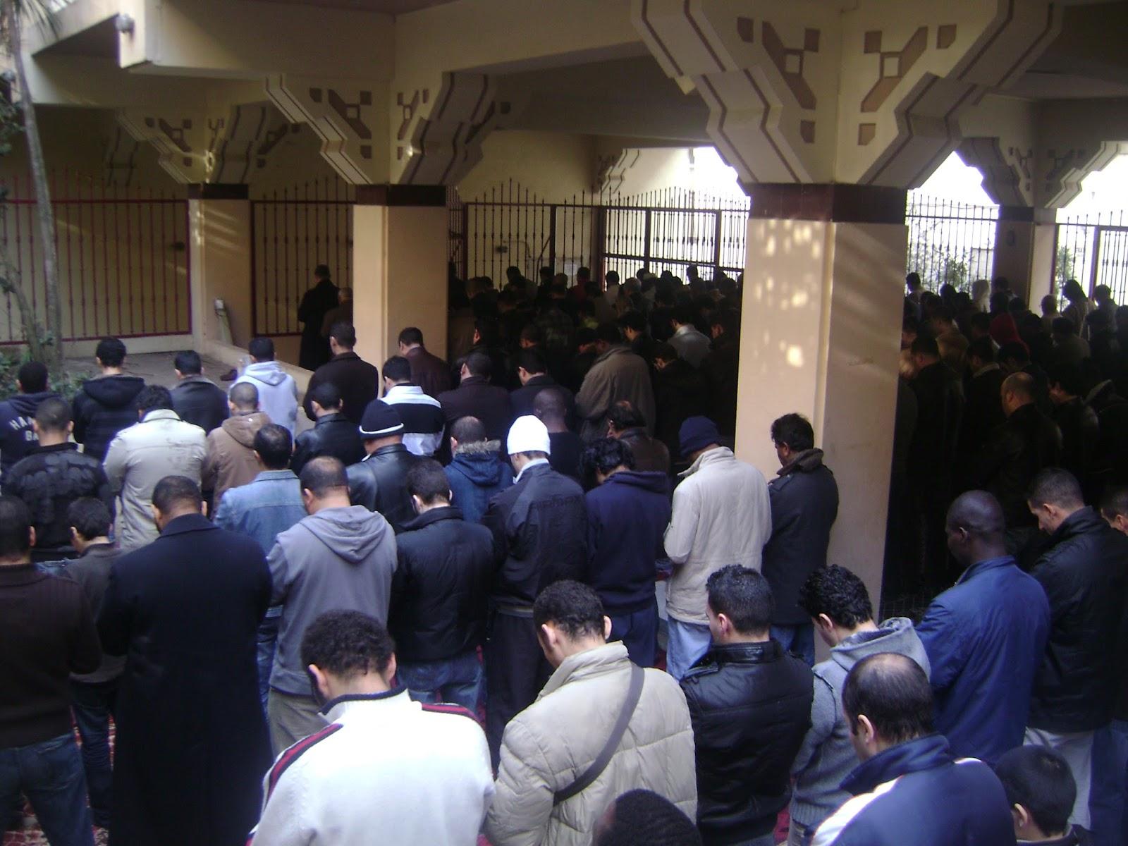 Celebración de Idu Al- Fitr en la Mezquita Central de Madrid