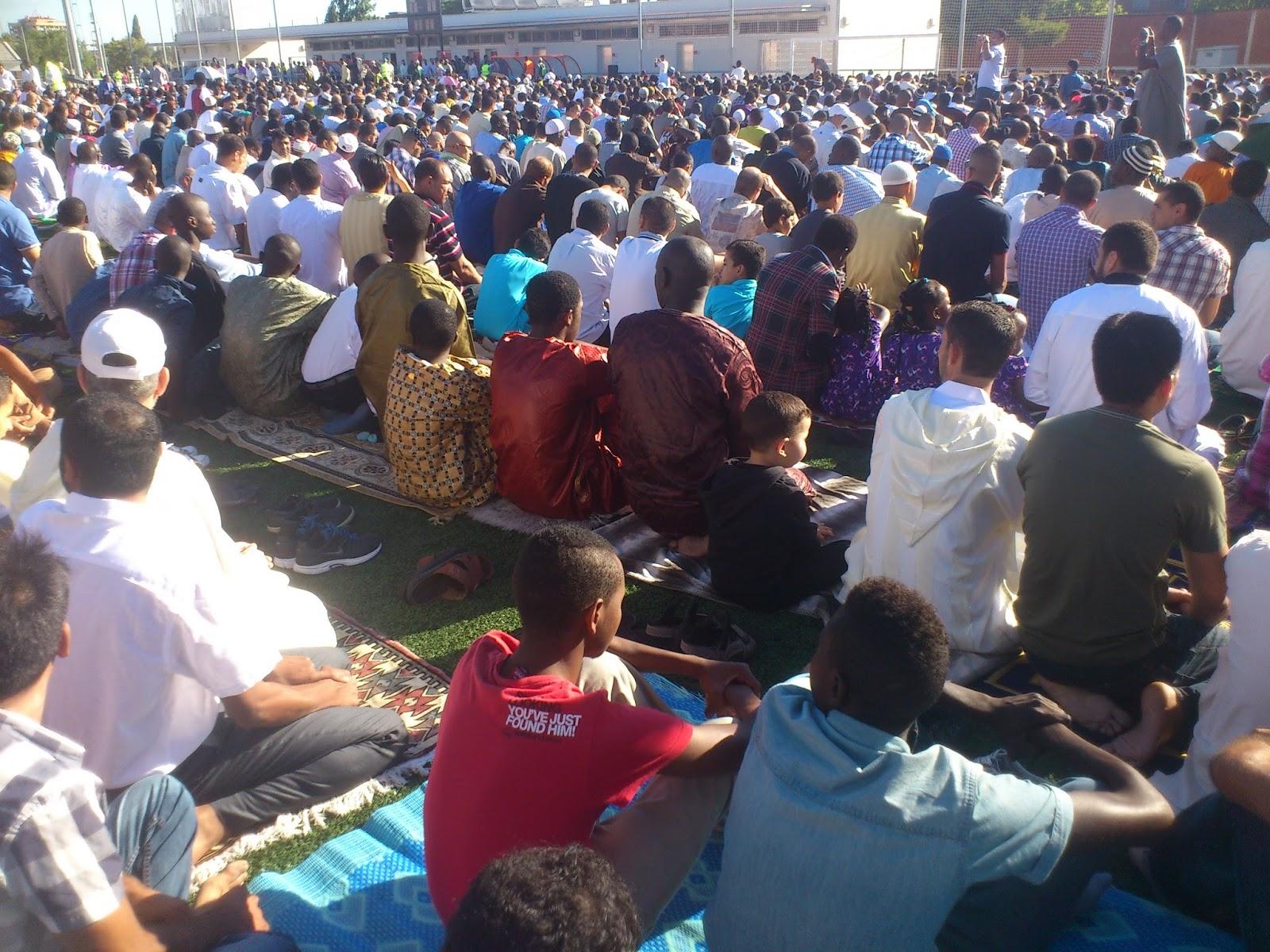 3.000 musulmanes celebran en Zaragoza el fin del Ramadán