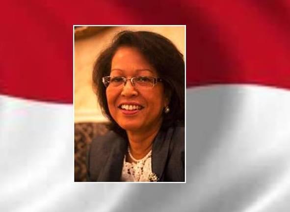 La Embajadora de Indonesia invita al presidente de UCIDE al 68º Aniversario de la Independencia de la Republica.