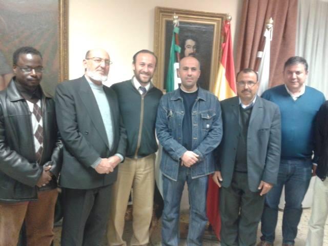 La Comunidad Islámica de la Paz se reúne con el alcalde de Almendralejo