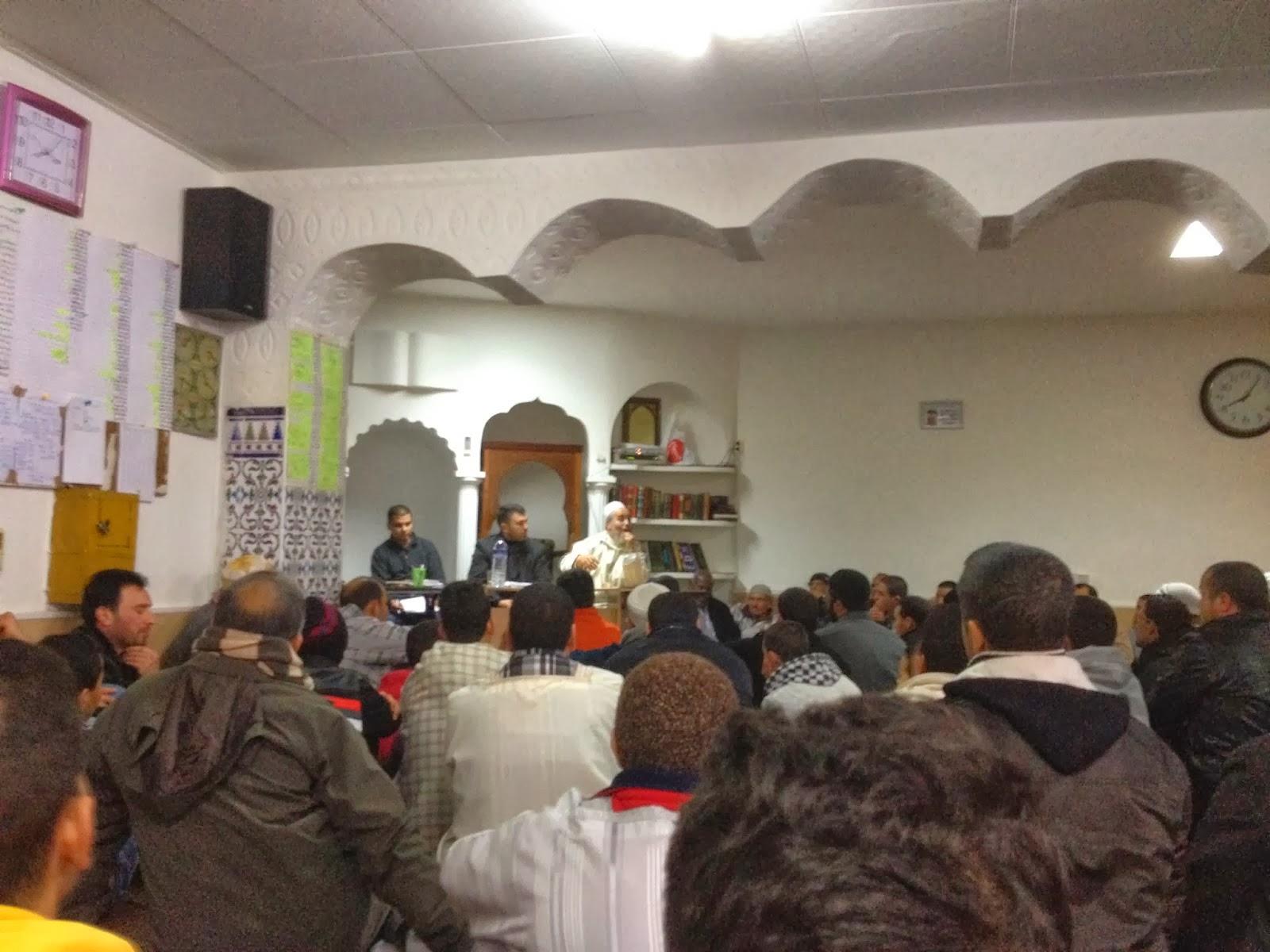 El presidente de UCIDCAT organiza un encuentro abierto con los miembros de la Comunidad Islámica de Sabadell