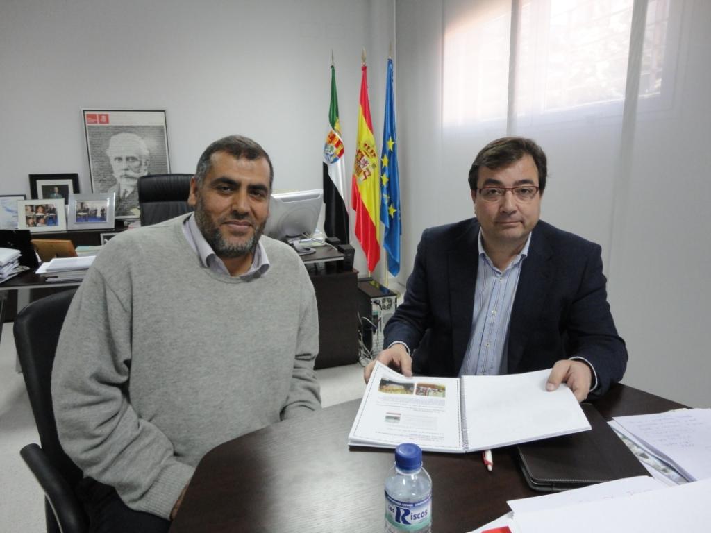 رئيس الإتحاد بإكستريمادورا يلتقي بالسكرتير العام لحزب العمال