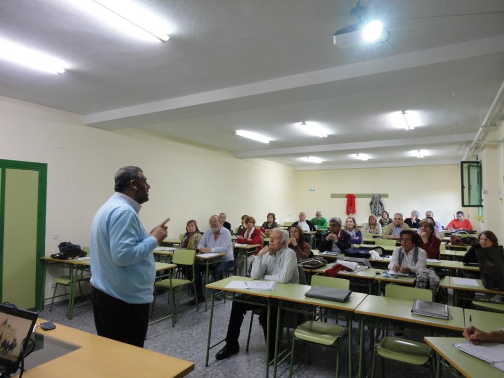 Charla en la Facultad de Educación a cargo del Imam Pacense Adel Najjar