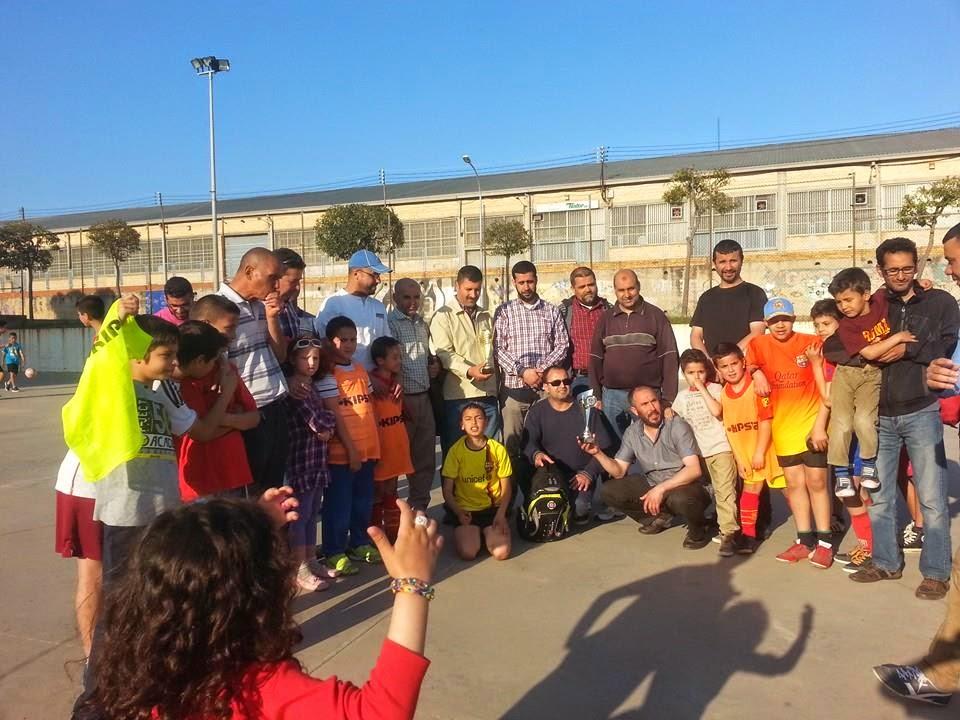 El primer torneo de futbol de la Escuela Badr de Terrassa