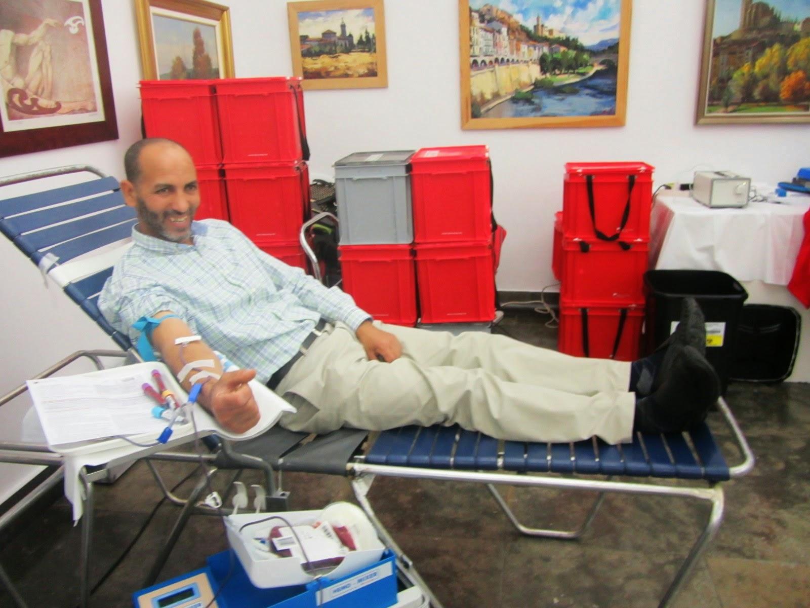 الجمعية الإسلامية في بالاقير ( إقليم كاطالونيا )تشارك في حملة تبرع الدم
