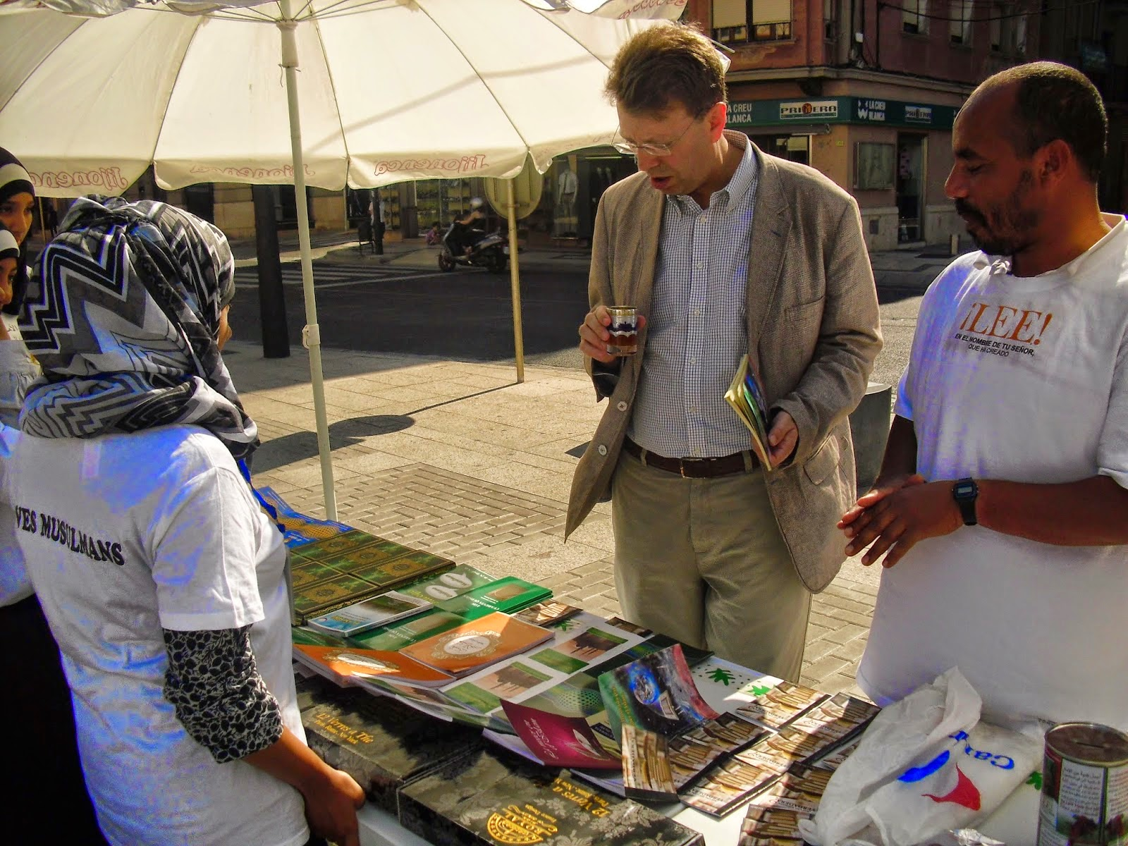 Los Jóvenes musulmanes de Tortosa y Roquetes organizan una exposición sobre la cultura islámica en la ciudad de Tortosa