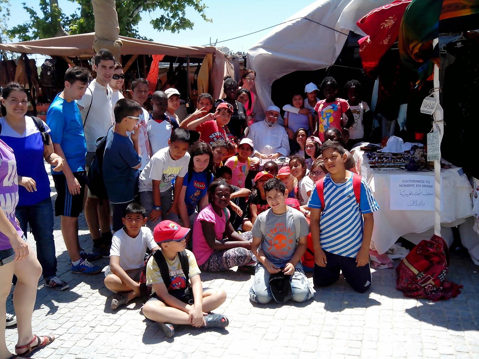 """La Caligrafía árabe en la """"Feria medieval de Zaragoza"""""""