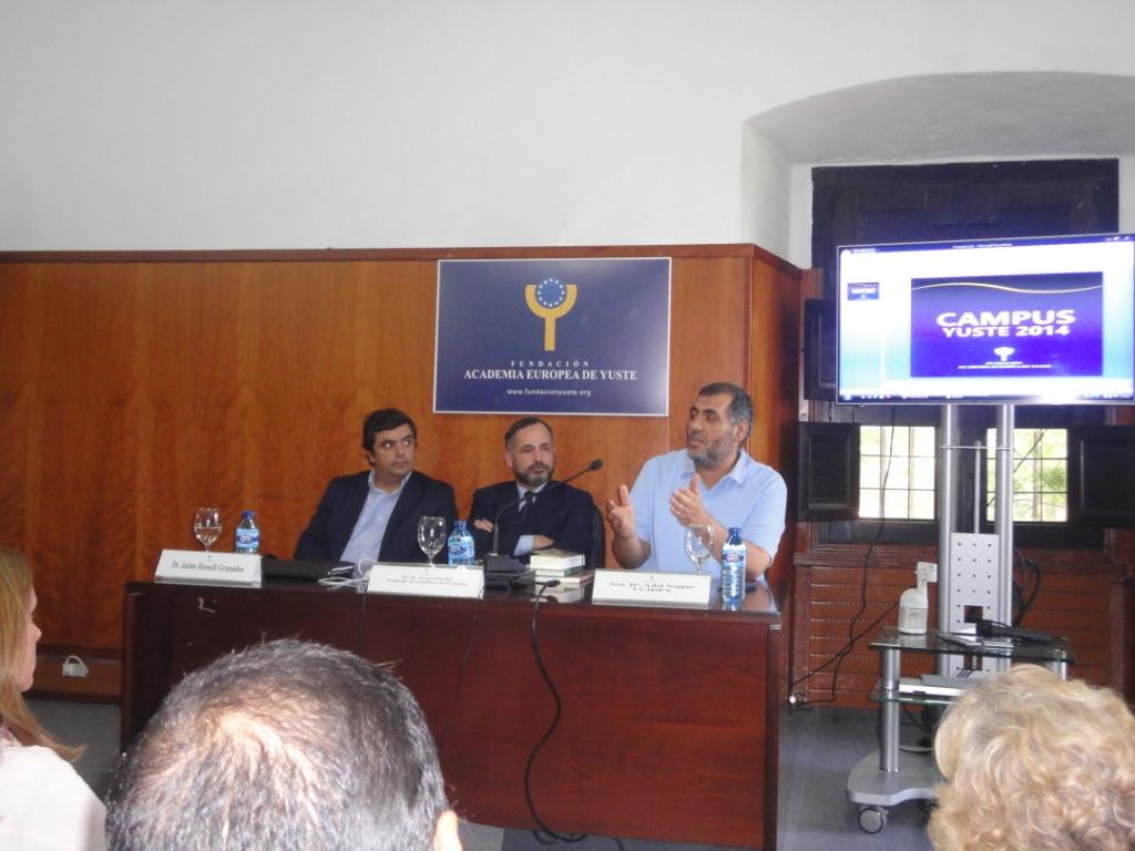 Adel Najjar participa en las Jornadas del Curso de Verano de la UEX