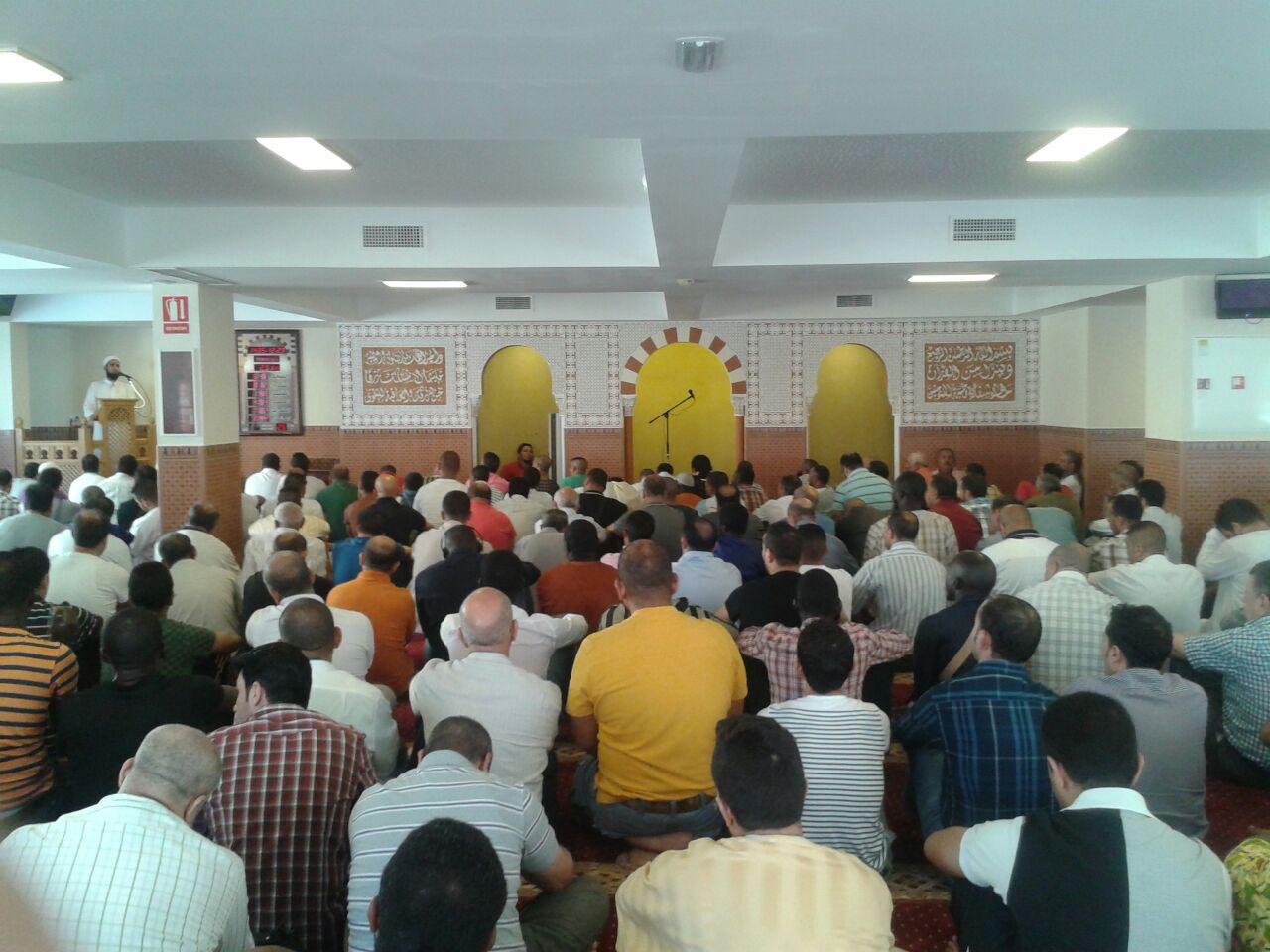 La primera Oración del Viernes en la Mezquita Mayor de Alicante