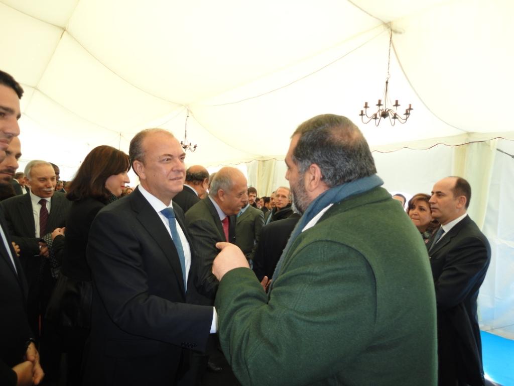 Adel Najjar con el presidente del Gobierno de Extremadura, José Antonio Monago