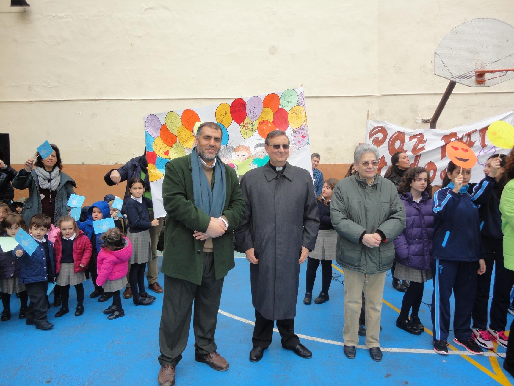 Escolares unidos por la Paz