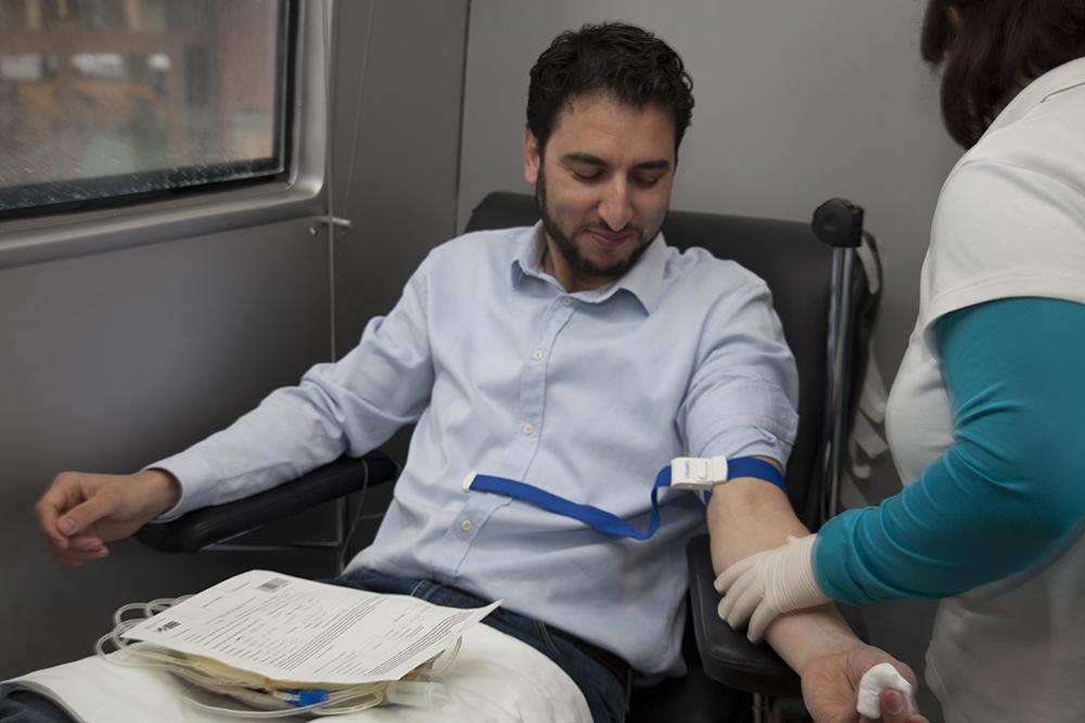 تبرع بالدم .. تساهم بإنقاذ حياة إنسان