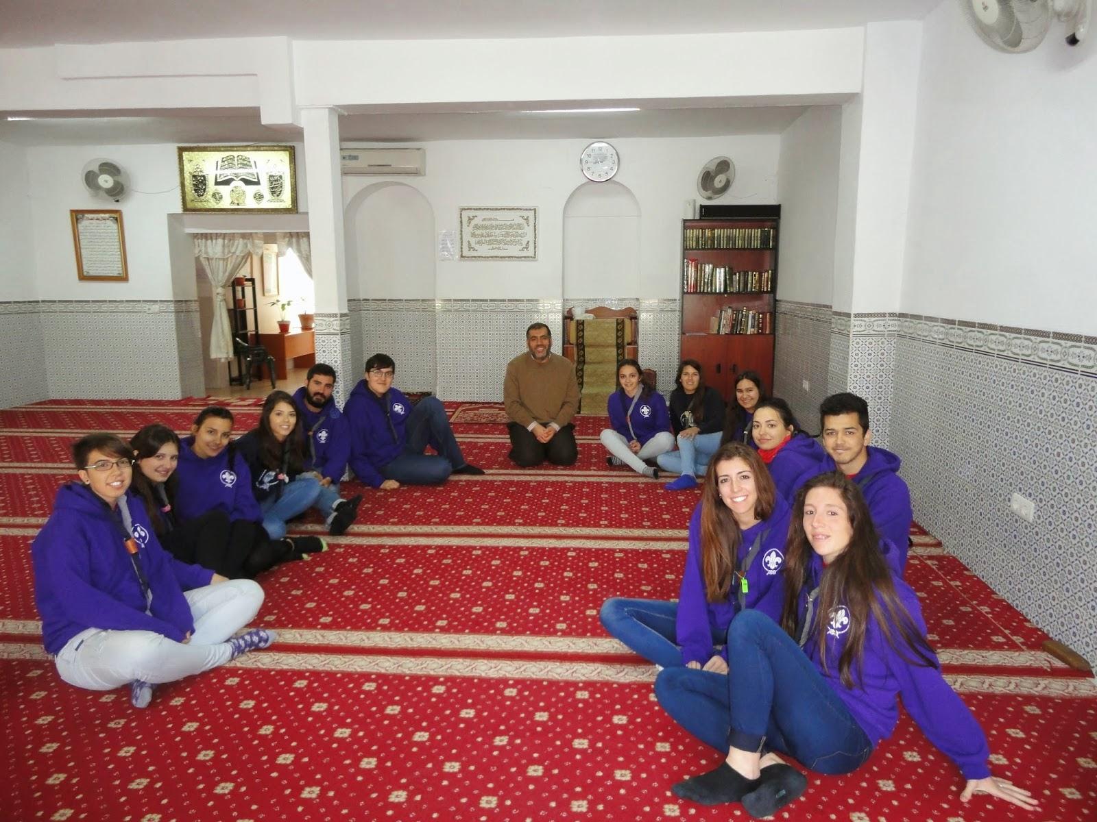 La Mezquita de Badajoz recibe al Grupo Scout 596 Al-Basharnal