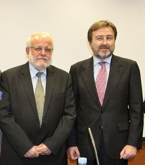 Riay Tatary con el Director General de Relaciones con las Confesiones, Javier Herrera García-Canturri