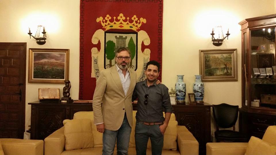 El alcalde de Plasencia, Fernando Pizarro recibe al presidente de la comunidad islámica