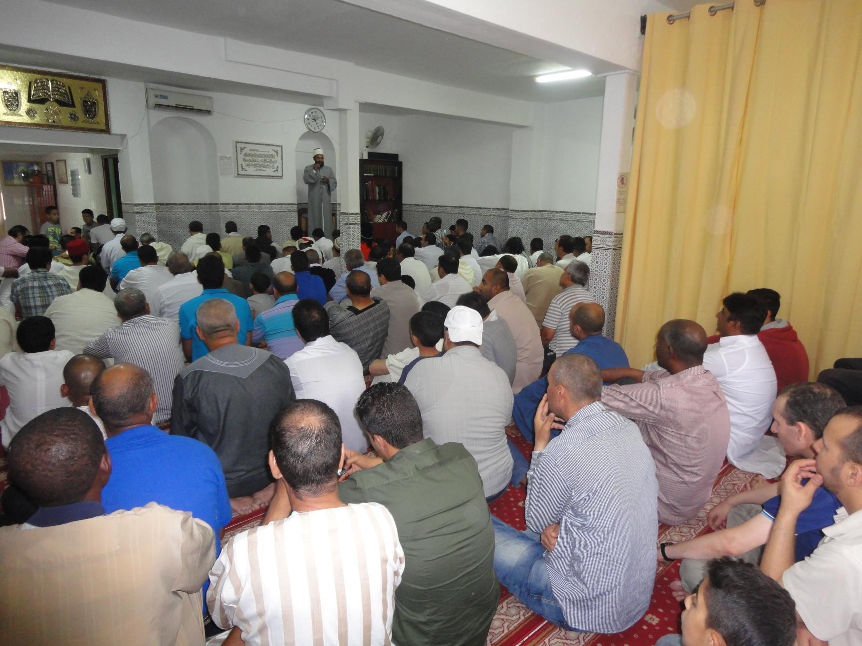 La Mezquita de Badajoz estuvo repleta de los fieles